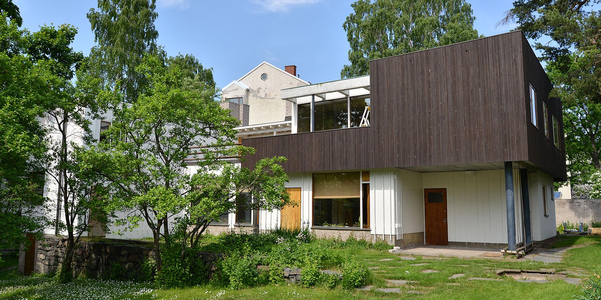 北欧フィーカ|フィンランド・ヘルシンキの旅|アルヴァ・アアルトとアイノ・アアルト。ふたりのアアルトを訪ねて。アアルト自邸へ。|Scandinavian fika.デンマーク・スウェーデン・フィンランド、北欧デザインの旅。
